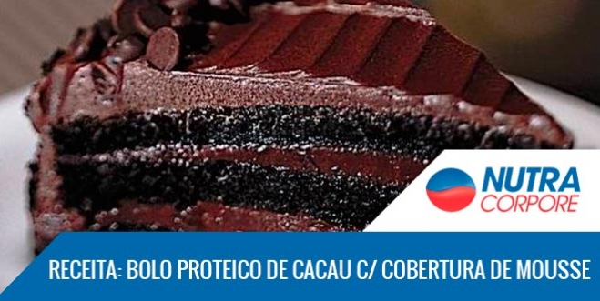 Bolo Proteico de Cacau com Calda e Cobertura de Mousse Proteico